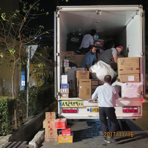 جمع آوري و ارسال كمك به مناطق زلزله زده در دو نوبت